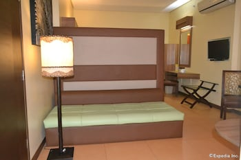 Microtel Gensan In-Room Amenity