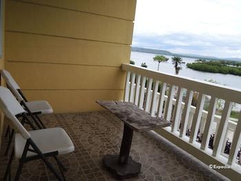 Moalboal Beach Resort Porch