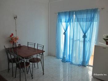 Dream Hill Condos Puerto Galera In-Room Dining