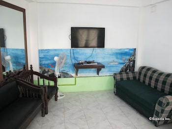 Dream Hill Condos Puerto Galera Living Room