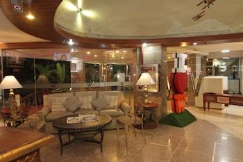 Wellcome Hotel Cebu Lobby Sitting Area