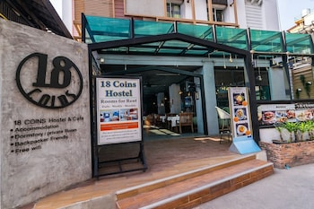 Private sale: save 28% 18 Coins Cafe & Hostel Pattaya