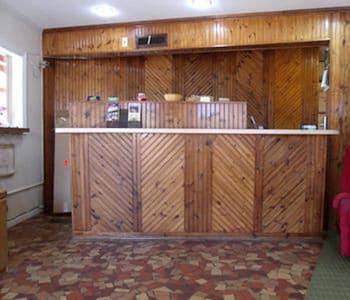 Woodlawn Hills Motel in Henderson, Texas