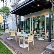 曼谷心靈行政套房飯店