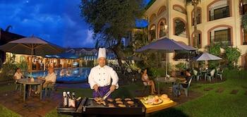 Orchid Inn Resort Pampanga Outdoor Dining