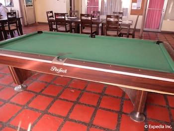 Orchid Inn Resort Pampanga Billiards