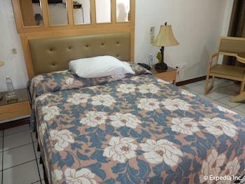 Orchid Inn Resort Pampanga Guestroom
