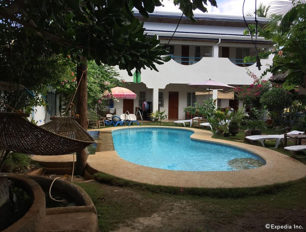 Acacia Sunset Village Inn