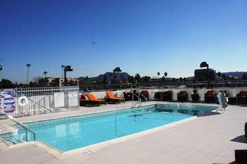 Holiday Inn Express North Hollywood - Burbank Area