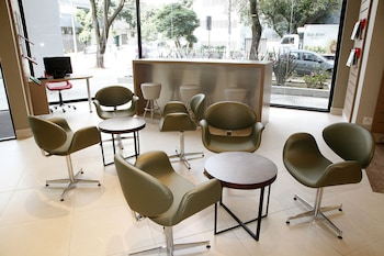 Ibis Belo Horizonte Afonso Pena - Lobby Sitting Area  - #0