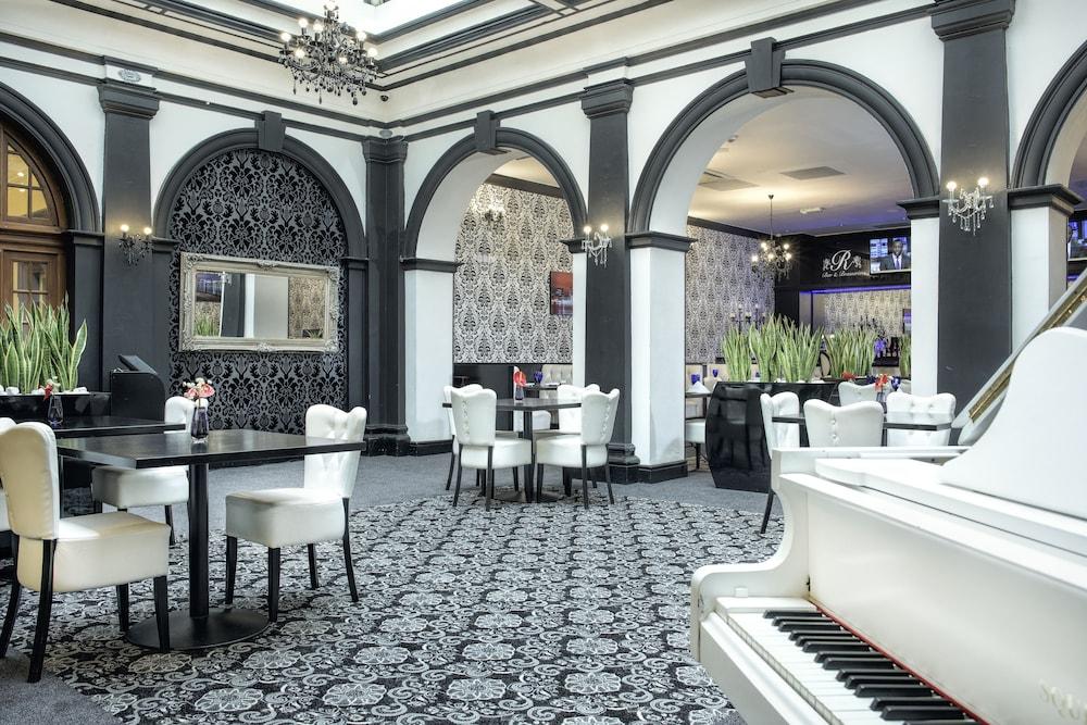 The Richmond Apart Hotel Liverpool Price Address Reviews