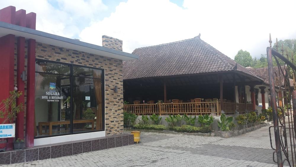 Segara Hotel and Restaurant