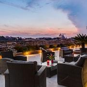 納沃納皇后屋頂飯店