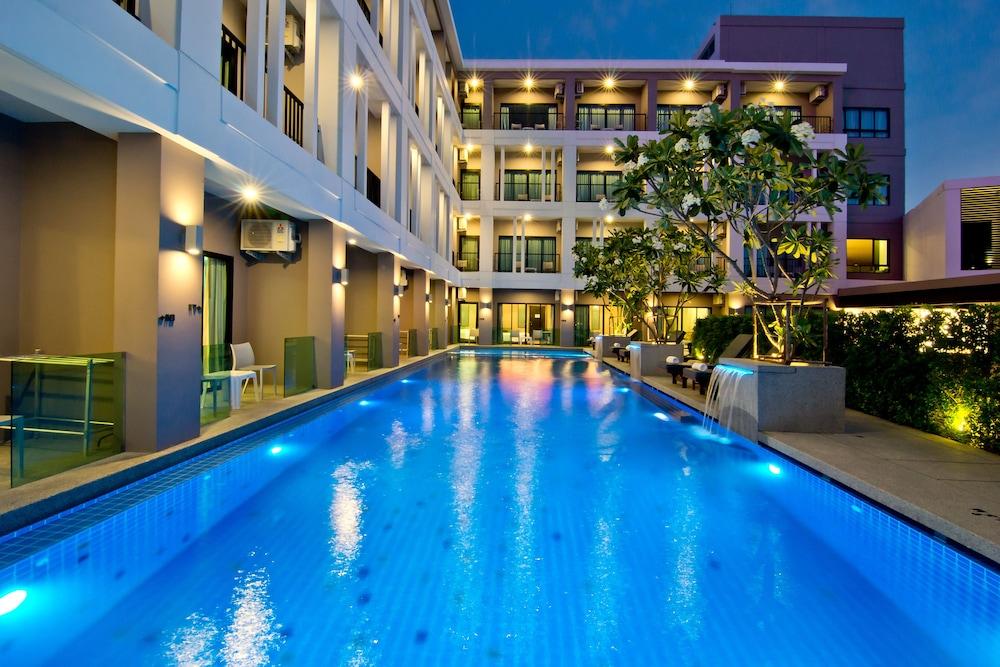 Hotel J Residence