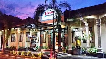羅維納海灘飯店