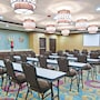 Holiday Inn Express & Suites San Antonio SE By At&t Center photo 34/41