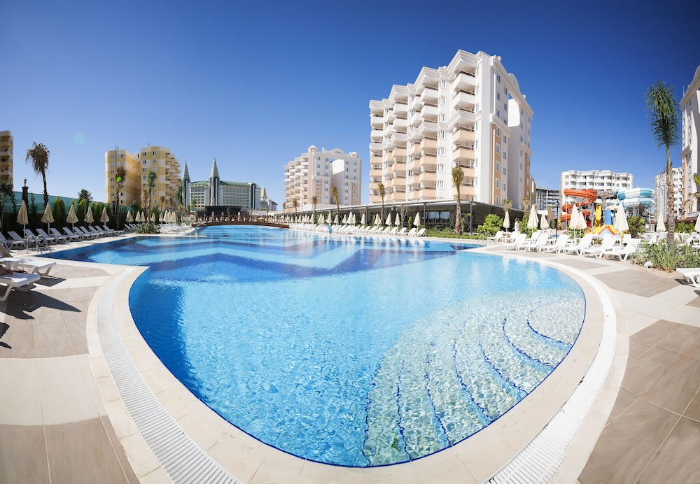 Ramada Resort By Wyndham Lara Antalya 𝐇𝐃 𝐏𝐡𝐨𝐭𝐨𝐬