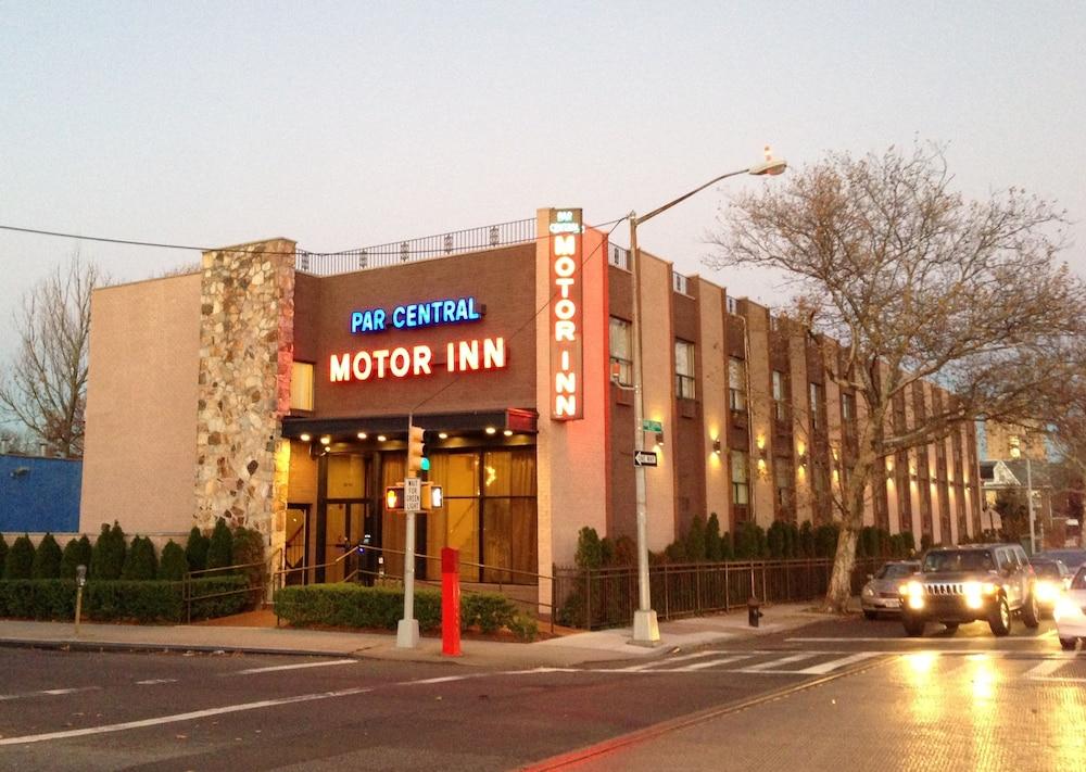 Par Central Motor Inn