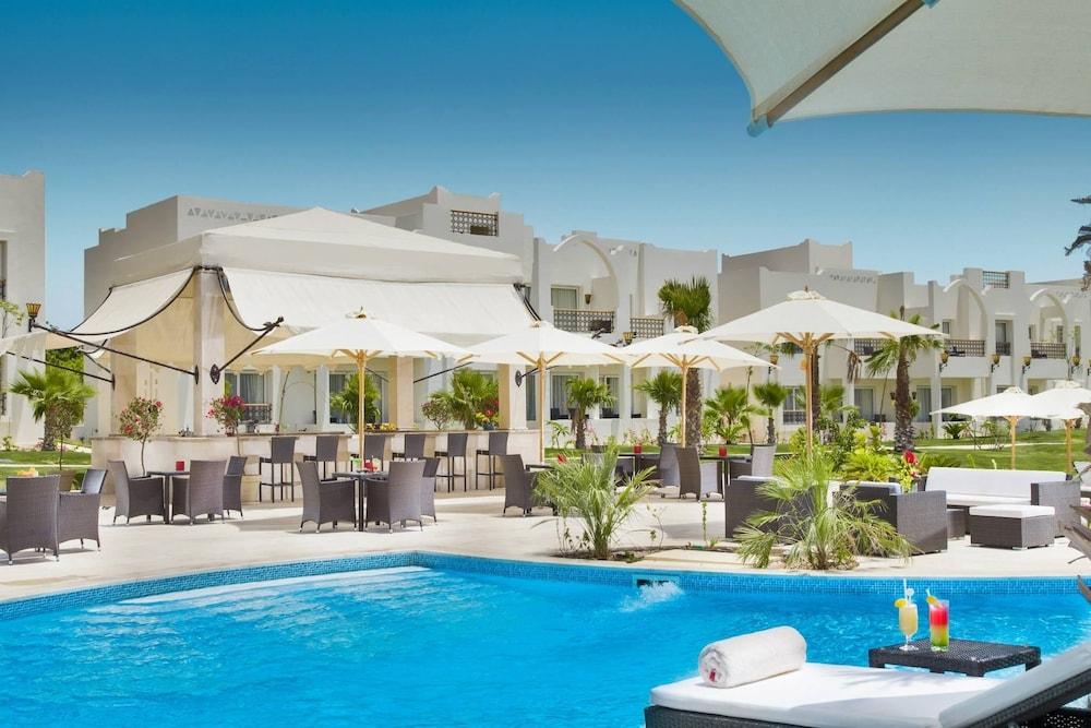 Le Royal Holiday Resort (Aqua Park)