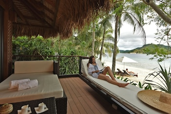 Pangulasian Island El Nido Balcony