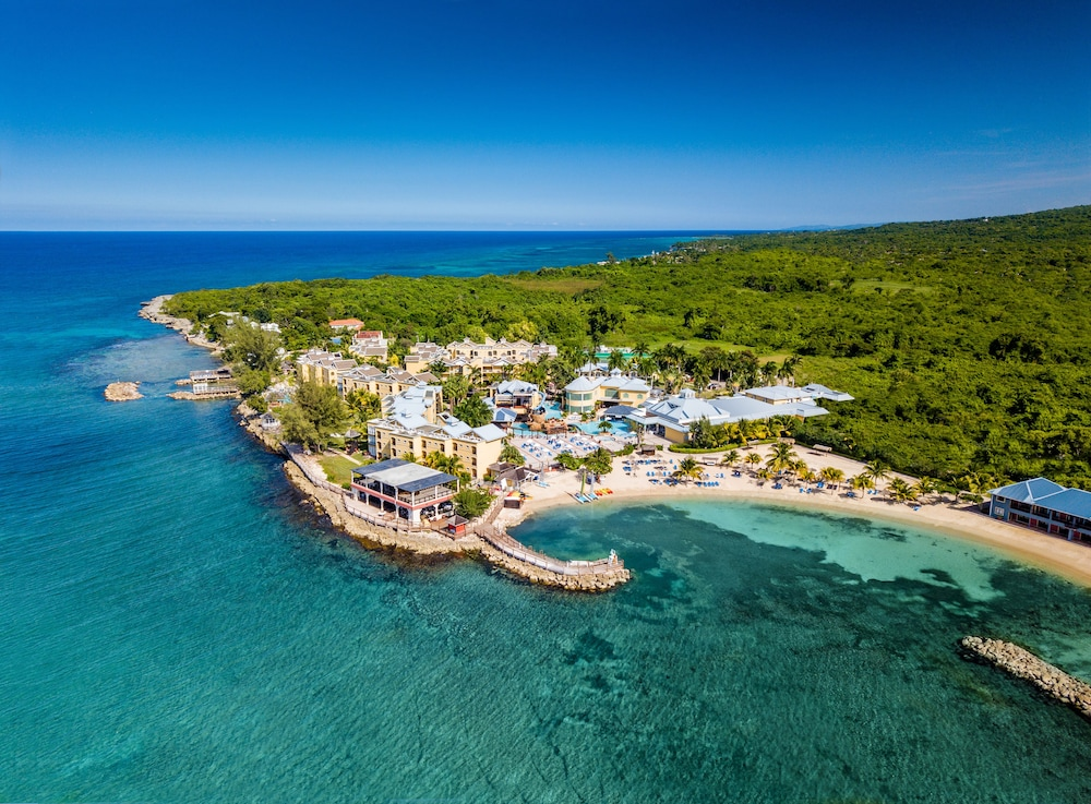 Jewel Paradise Cove Adult Beach Resort & Spa – All Inclusive