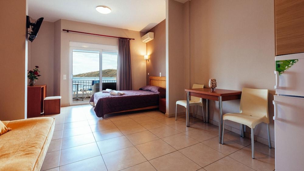 Hotel Apanema Vivari