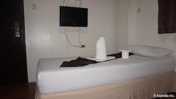 DG Budget Hotel NAIA - Guestroom  - #0