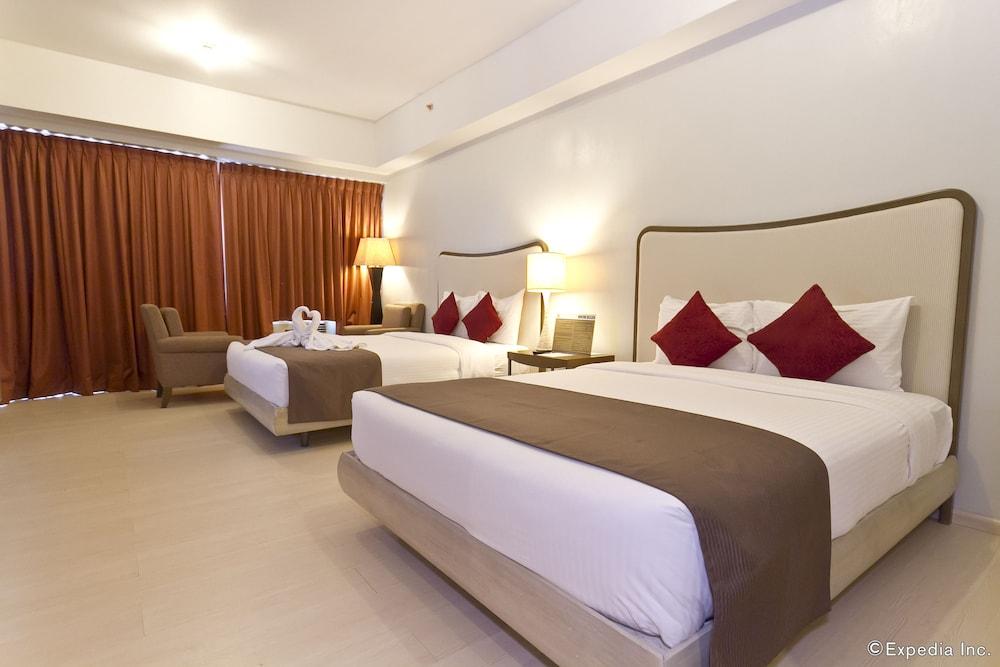 La Mirada Hotel