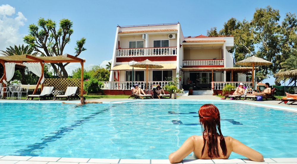 Naturist Angel Nudist Hotel - Couples Only