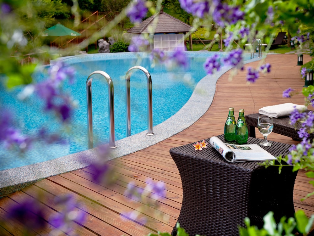 Spring Hill Resort
