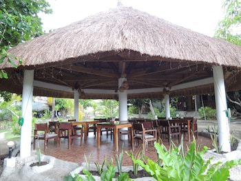 Asian Belgian Resort Moalboal Gazebo