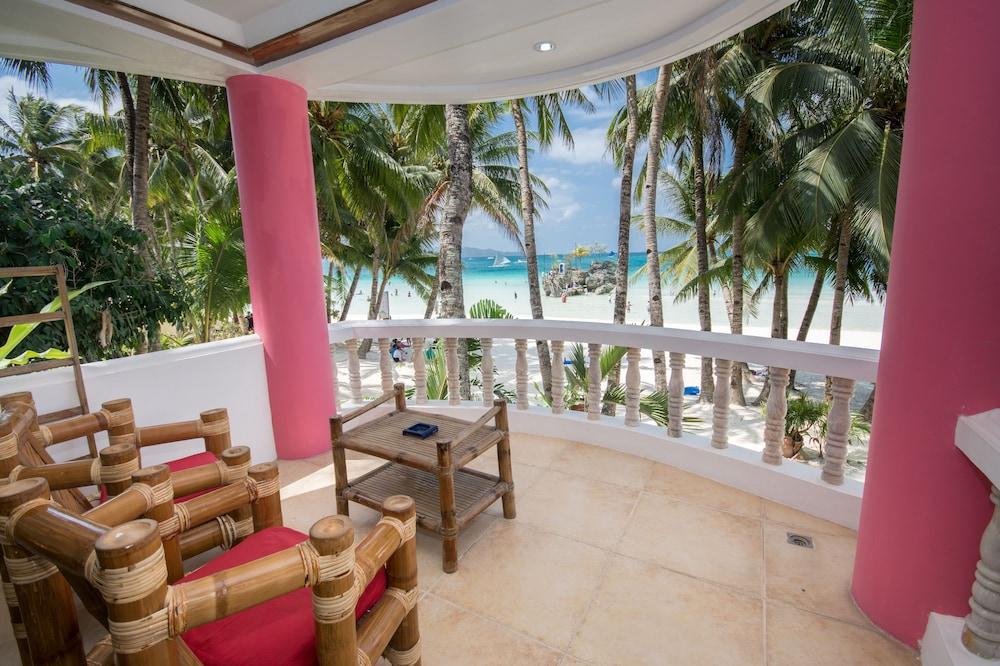 Nigi Nigi Too Beach Resort