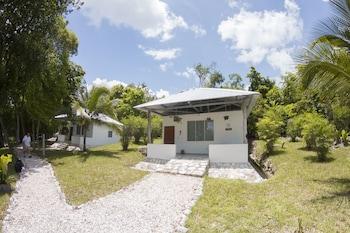 Maya Zacpetén Jungle Lodge