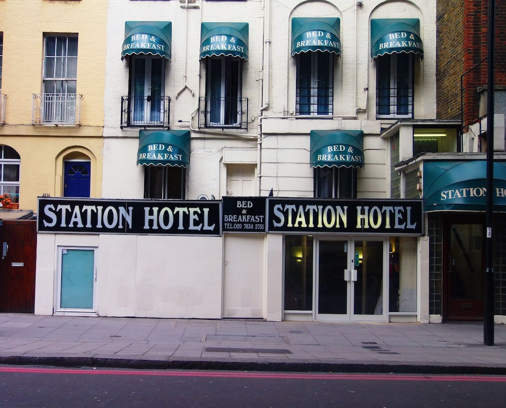 Victoria Station Hotel