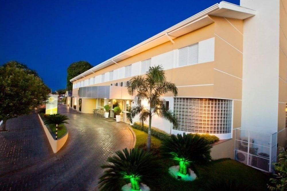 Hotel Sansaed