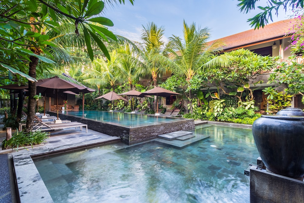 10 unique budget hotels in bali impressive yet cheap for Cheap hotels in bali