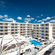 Ryans Ibiza Apartments - Adults Only
