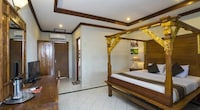 Traditional Room (Balinese Bed)