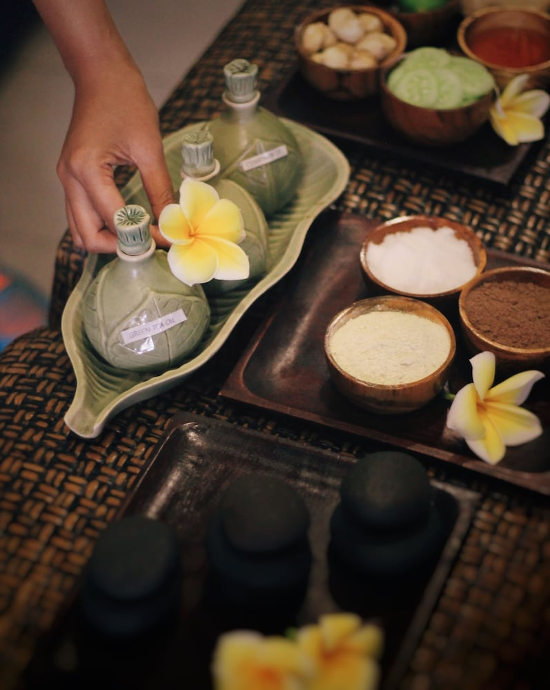 Grandmas Plus Hotel Airport Bali Best Offers On Lapis Legit Harum Original Photos 48