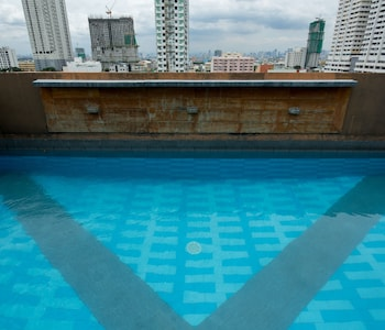 V Hotel Outdoor Pool