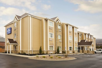 Microtel Inn & Suites by Wyndham Washington / Meadow Lands in Washington, Pennsylvania