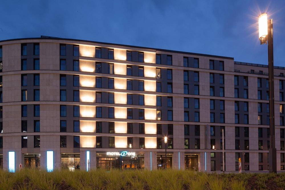 Motel One Frankfurt-Messe