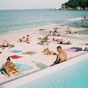 銀灘渡假村