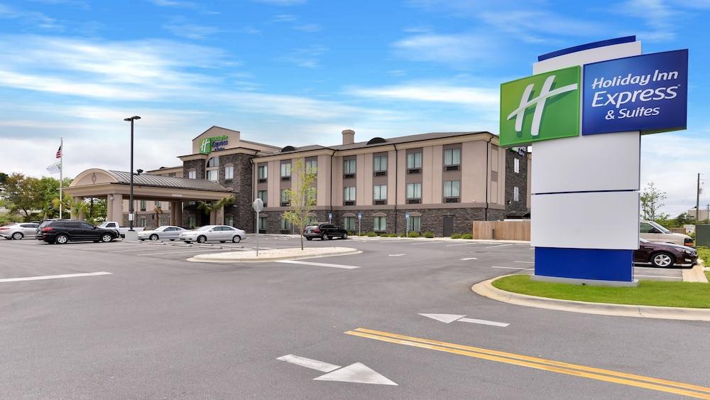 Holiday Inn Express & Suites Fort Walton Beach - Hurlburt Area