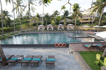 Aroma Beach Resort & Spa - Outdoor Pool  - #0