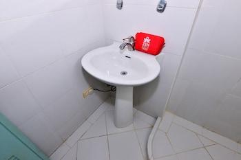 Bora Sky Hotel Boracay Bathroom Sink