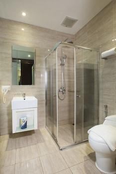 Oak Tree Urban Jakarta - Bathroom  - #0