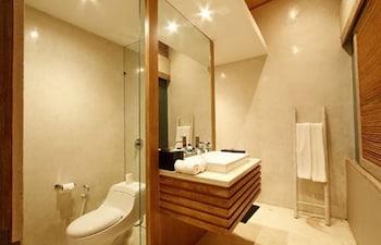 The Grove Villa Bumbak - Bathroom  - #0