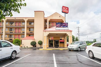 Photo for Econo Lodge Inn & Suites in Memphis, Tennessee