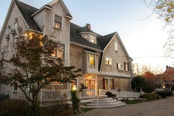 The Palmer House Inn in Falmouth, Massachusetts